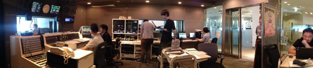 KH - jwave control room 638w