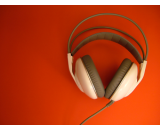 headphones red background canvas